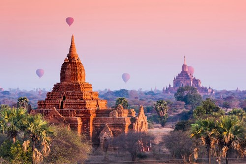 Viewing the temples at Bagan in Myanmar from a hot air balloon